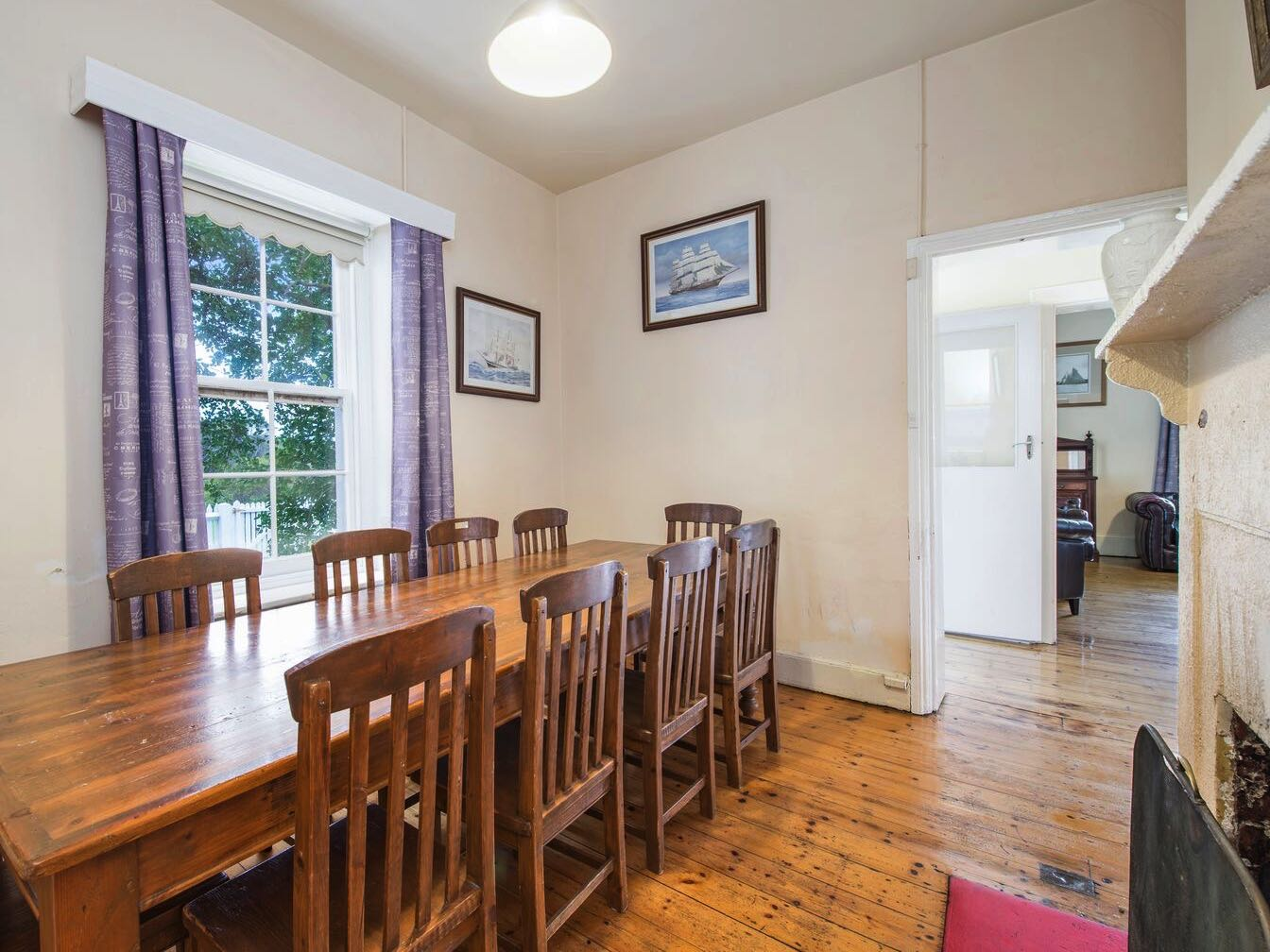 Lightkeeper's Cottage - Dining Room